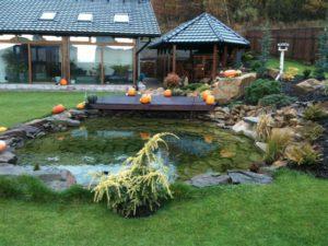 Jezírka - jplcz.com - Okrasné zahradní jezírko s terasou