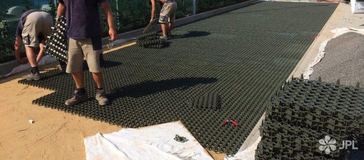 Veřejná zeleň - jplcz.com - Realizace zelené stěny, terénní úpravy