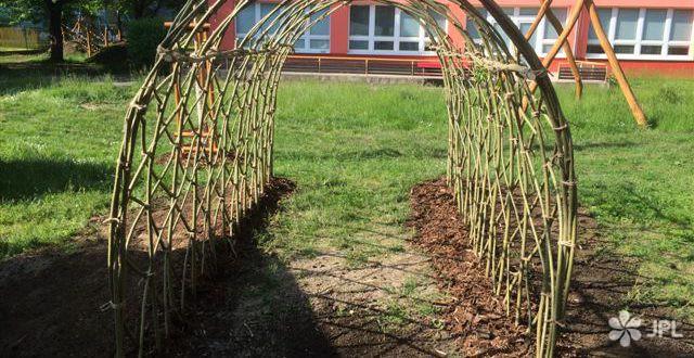Sportoviště, Veřejná zeleň - jplcz.com - Sportoviště pro mateřskou školu