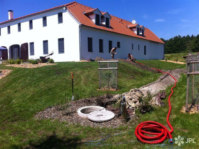 Travní koberce, Zahrady - jplcz.com - Vertikutace travnaté plochy, výsadba keřů a travin