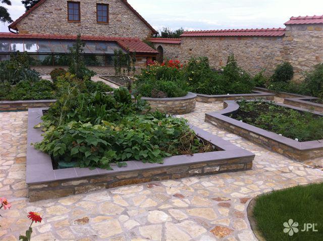 Zahrady - jplcz.com - Návrh a realizace Bio zahrady