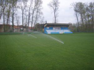 Sportoviště - jplcz.com - Závlahový systém na sportovišti