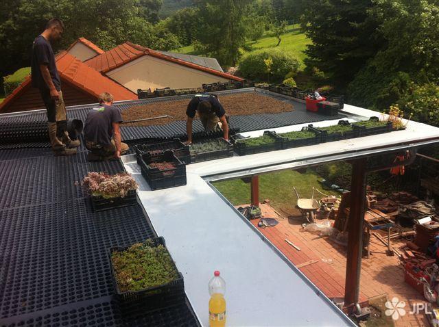 Zahrady, Závlahové systémy - jplcz.com - Závlahový systém na střešní zahradě